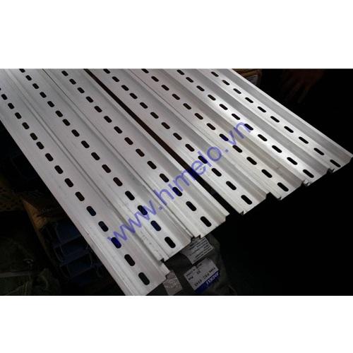 Thanh ray cài thiết bị bằng nhôm dầy 1mm